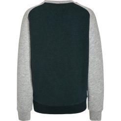 Hackett London NO1 CREW Bluza green. Zielone bluzy chłopięce Hackett London, z bawełny. W wyprzedaży za 215,20 zł.