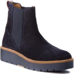 Sztyblety GANT - Casey 17553834 Marine G69. Niebieskie buty zimowe damskie marki GANT, ze skóry, na obcasie. Za 659,90 zł.