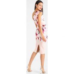 Sukienki hiszpanki: True Violet ONE SHOULDER MIDI DRESS WITH DOUBLE FRILL HEM Sukienka etui pink
