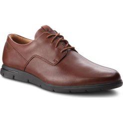 Półbuty CLARKS - Vennor Walk 261364217 Mahogany Leather. Brązowe derby męskie Clarks, z materiału. Za 399,00 zł.