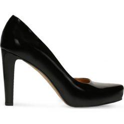 Czółenka SERENA. Czarne buty ślubne damskie marki Gino Rossi, z lakierowanej skóry, na platformie. Za 299,90 zł.