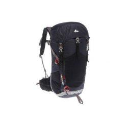 Plecak turystyczny MH500 20 l. Czarne plecaki męskie marki QUECHUA, z elastanu. Za 169,99 zł.