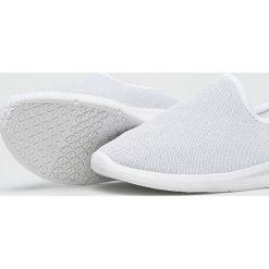 Answear - Buty SDS. Szare buty sportowe damskie marki ANSWEAR, z gumy. W wyprzedaży za 59,90 zł.