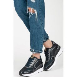 Buty ślubne damskie: Buty sportowe na koturnie JAZMIN