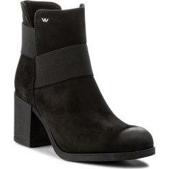 Botki WOJAS - 7589-21 Czarny. Czarne buty zimowe damskie Wojas, z materiału, na obcasie. W wyprzedaży za 259,00 zł.