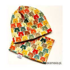 KOMPLET _ CZAPKA BEANIE + KOMIN w MISIE. Białe czapeczki niemowlęce Pakamera, w kolorowe wzory, z dresówki. Za 75,00 zł.