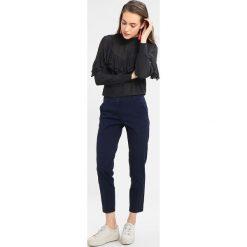 Chinosy damskie: Sisley BASIC Chinosy dark blue