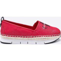 Calvin Klein Jeans - Espadryle. Czerwone tomsy damskie Calvin Klein Jeans, z gumy. W wyprzedaży za 299,90 zł.