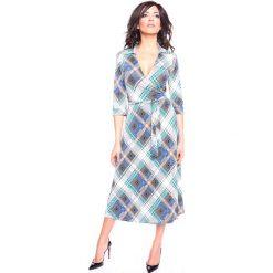 """Sukienki hiszpanki: Sukienka """"Dofi"""" w kolorze turkusowo-niebiesko-białym"""