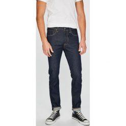 Levi's - Jeansy Skinny Noten. Brązowe jeansy męskie regular Levi's®, z bawełny. W wyprzedaży za 299,90 zł.