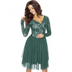 Zielona Sukienka Koronkowa z TiulowąSpódnicą. Białe sukienki balowe marki numoco, do pracy, l, z nadrukiem, z elastanu, z kopertowym dekoltem, z długim rękawem, kopertowe. Za 278,90 zł.