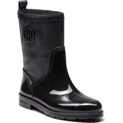 Kalosze TOMMY HILFIGER - Shiny Camo Rain Boot FW0FW03318 Black 990. Czarne buty zimowe damskie TOMMY HILFIGER, ze skóry ekologicznej. Za 549,00 zł.
