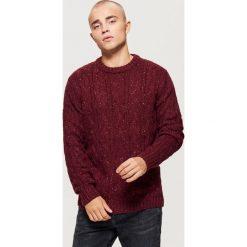 Sweter o warkoczowym splocie - Bordowy. Niebieskie swetry klasyczne męskie marki Reserved, l, ze splotem. Za 99,99 zł.