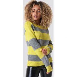 Trendyol Sweter Block Stripe Wide Neck - Yellow. Żółte swetry klasyczne damskie Trendyol, z dzianiny. Za 121,95 zł.