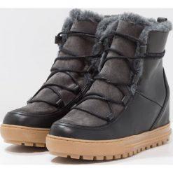 Aigle LAPONWARM Ankle boot black. Czarne buty zimowe damskie Aigle, z materiału. Za 679,00 zł.