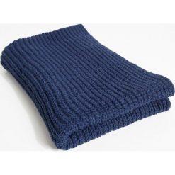 Simple - Komin. Niebieskie szaliki damskie Simple, z dzianiny. W wyprzedaży za 79,90 zł.