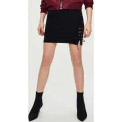 Spódniczki: Spódnica z wiązaniem - Czarny