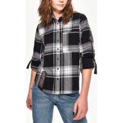Koszula w kratę - Wielobarwn. Brązowe koszule damskie Sinsay, l. W wyprzedaży za 29,99 zł.