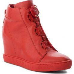 Sneakersy CARINII - B4174 H54-000-PSK-B88. Czerwone sneakersy damskie Carinii, z materiału. W wyprzedaży za 269,00 zł.