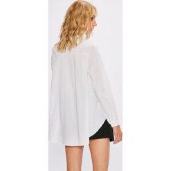 Answear - Koszula Stripes Vibes. Szare koszule damskie marki ANSWEAR, l, z dzianiny, casualowe, z klasycznym kołnierzykiem, z długim rękawem. W wyprzedaży za 59,90 zł.