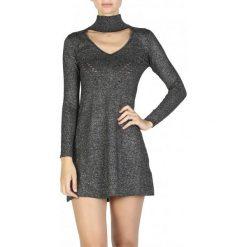 Guess Sukienka Damska L Czarny. Czarne sukienki z falbanami Guess, l, z aplikacjami, z włókna. W wyprzedaży za 389,00 zł.