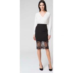 Spódnice wieczorowe: Czarna Elegancka Dopasowana Spódnica z Koronką