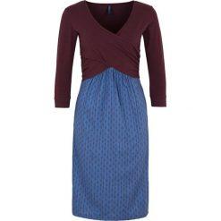 """Sukienki hiszpanki: Sukienka """"Bernarda"""" w kolorze ciemnofioletowym"""