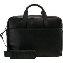 Moleskine CLASSIC SLIM BRIEFCASE Aktówka black. Czarne torby na laptopa Moleskine. Za 589,00 zł.