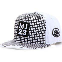 Czapka męska snapback biała (hx0204). Białe czapki z daszkiem męskie marki Dstreet, z aplikacjami, eleganckie. Za 69,99 zł.