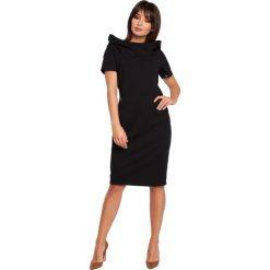 CHER Sukienka z kapturem i zamkami - czarna. Czarne sukienki hiszpanki BE, l, z kapturem, z krótkim rękawem, midi, oversize. Za 154,90 zł.