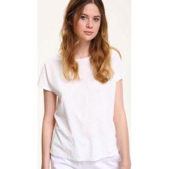 T-shirty damskie: T-SHIRT KRÓTKI RĘKAW DAMSKI W KWIATY