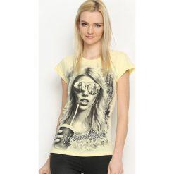 Bluzki, topy, tuniki: Żółty T-shirt Urban Girl
