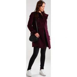 Kurtki i płaszcze damskie: Anna Field Krótki płaszcz bordeaux