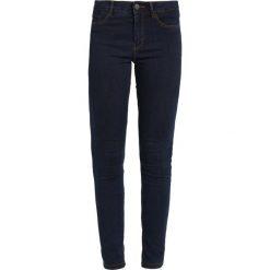 Jeansy damskie: Vero Moda VMSEVEN  Jeans Skinny Fit dark blue denim
