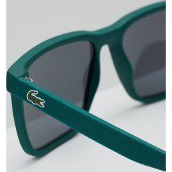 Lacoste Okulary przeciwsłoneczne matte green. Zielone okulary przeciwsłoneczne męskie wayfarery Lacoste. W wyprzedaży za 383,20 zł.