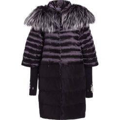 Płaszcze damskie pastelowe: Elisabetta Franchi Płaszcz zimowy nero
