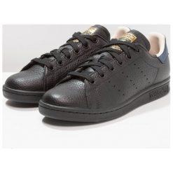 Adidas Originals STAN SMITH Tenisówki i Trampki core black/collegiate navy. Czarne tenisówki damskie marki adidas Originals, z materiału. Za 419,00 zł.