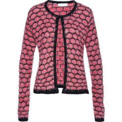 Sweter rozpinany z przędzy z długim włosem bonprix pastelowy dymny różowy - czarny. Czerwone kardigany damskie bonprix. Za 74,99 zł.