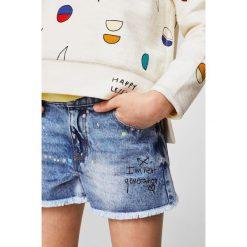 Mango Kids - Szorty dziecięce Pic 104-164 cm. Szare szorty jeansowe damskie Mango Kids, casualowe. W wyprzedaży za 49,90 zł.