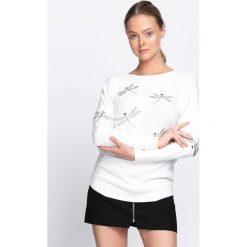 Biały Sweter Blow My Mind. Białe swetry klasyczne damskie Born2be, l, z dekoltem w łódkę. Za 64,99 zł.