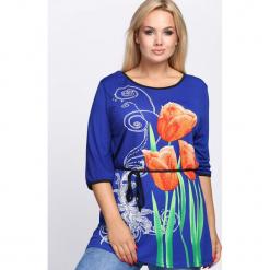 Niebieska Bluzka Tulips. Niebieskie bluzki damskie Born2be, l. Za 39,99 zł.