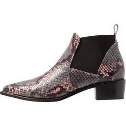 Copenhagen Ankle boot rose diamant/multicolor. Czarne botki damskie skórzane marki Copenhagen. Za 839,00 zł.