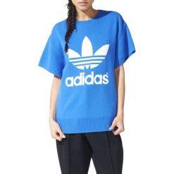 Sweter w kolorze niebieskim. Niebieskie swetry oversize damskie Adidas, Reebok. W wyprzedaży za 279,95 zł.