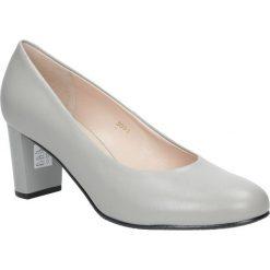Szare czółenka skórzane na słupku Casu 3091/833. Szare buty ślubne damskie Casu, na słupku. Za 238,99 zł.
