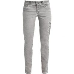 More & More Jeansy Slim Fit dark warm grey. Szare rurki damskie More & More. Za 409,00 zł.