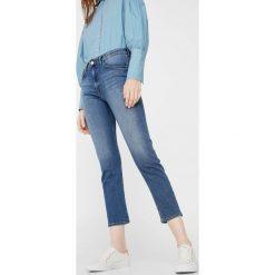 Mango - Jeansy Girlfr. Niebieskie jeansy damskie Mango. W wyprzedaży za 69,90 zł.