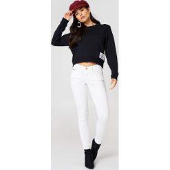 Spodnie damskie: Calvin Klein Jeansy Mr Skinny Ankle Great - White