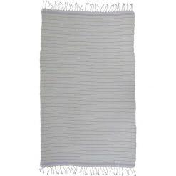 Kąpielówki męskie: Ręcznik w kolorze biało-fioletowym