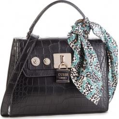 Torebka GUESS - HWCG71 82180 BLACK. Czarne torebki klasyczne damskie marki Guess, z aplikacjami, ze skóry ekologicznej. Za 649,00 zł.