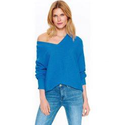 Swetry oversize damskie: SWETER DAMSKI OVERSIZE W MODNYM KOLORZE